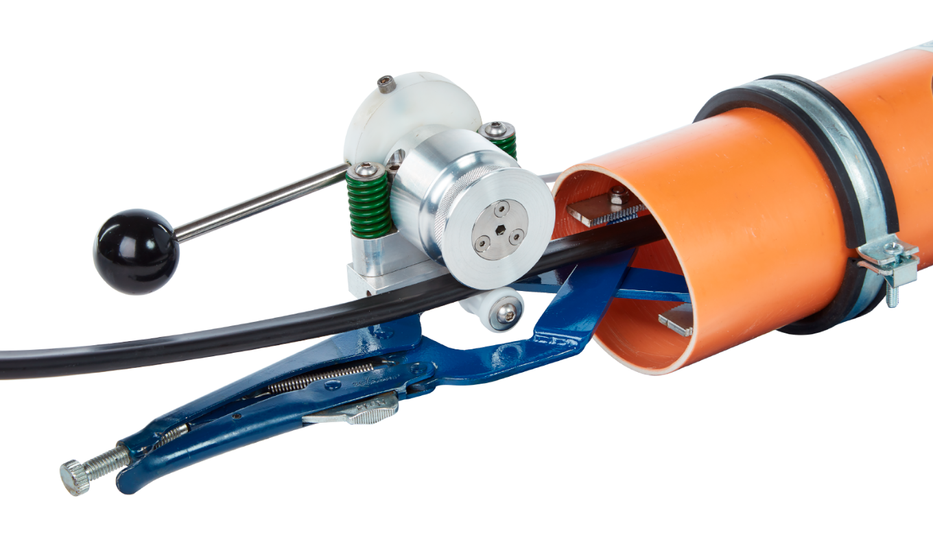 Repipe Spray Coating System - RSM05 The electric retractor is used to retract the dual hose with the sprayer head back up through the pipe..